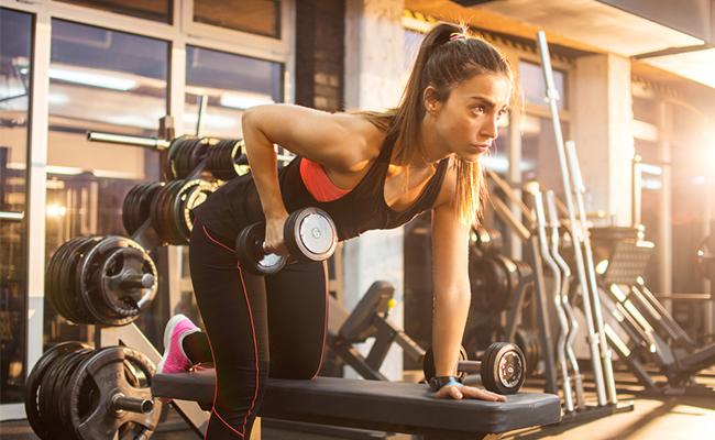 Kehilangan massa otot1 - 10 Manfaat Tak Terduga Dari Workout Di Malam Hari Sebelum Tidur