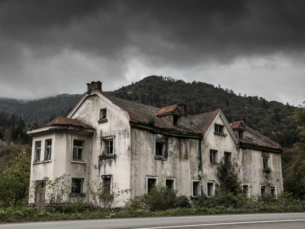 620+ Gambar Rumah Hantu Terseram Di Dunia Gratis Terbaru
