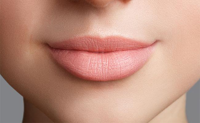 Ingin Mendapatkan Bentuk Bibir Yang Lebih Sempurna Coba Tips Korektif Bibir Dengan Menggunakan Makeup Berikut Ini Beauty Journal
