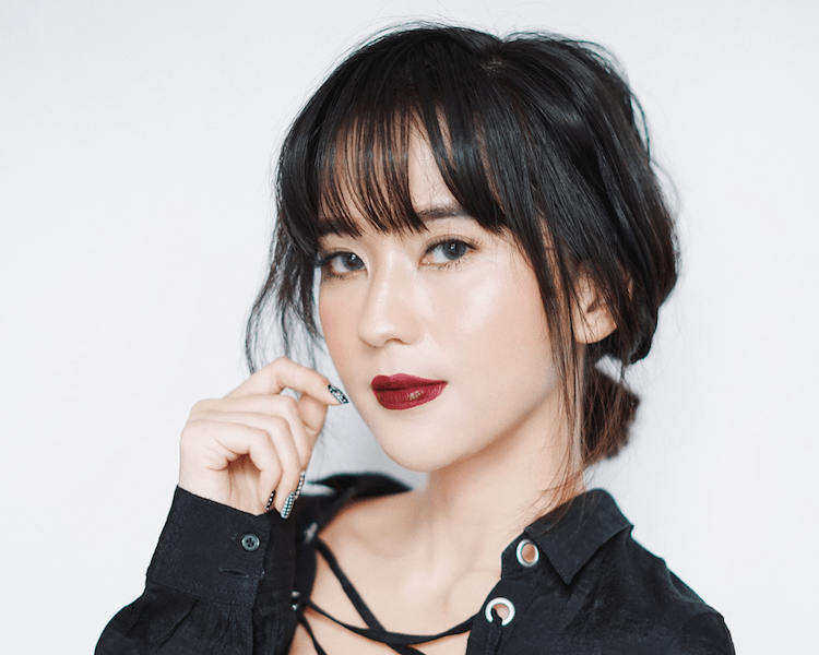 Inspirasi Model Rambut Poni Dari Akun Instagram 5 Beauty Influencer Indonesia Beauty Journal