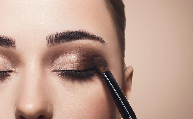 Hasil gambar untuk Meningkatkan intensitas eyeshadow