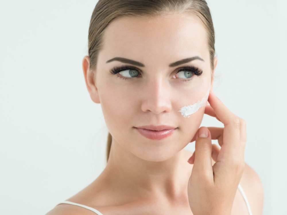 5 Kandungan Pada Skin Care Yang Sebaiknya Dihindari Pemilik Kulit Sensitif Soco By Sociolla