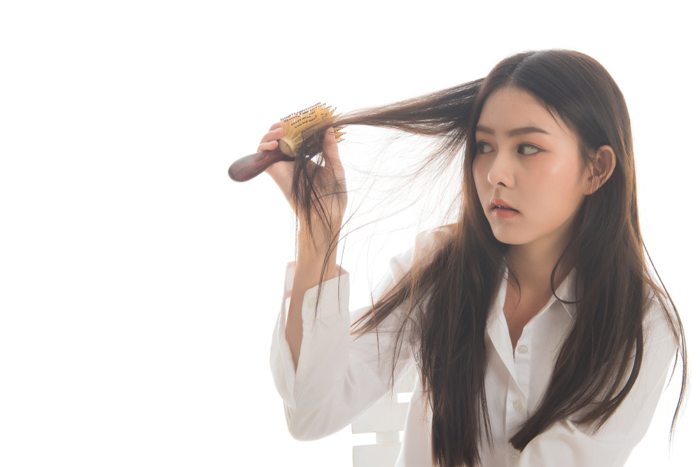 Selain Mengubah Penampilan, Ini 3 Manfaat Mengganti Belahan Rambut yang Mungkin Belum Anda Ketahui