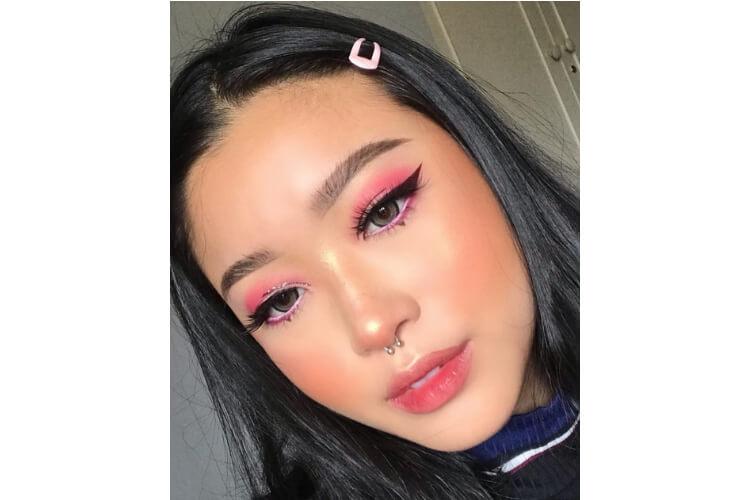 Beragam Inspirasi Makeup untuk Pesta Natal atau Tahun Baru