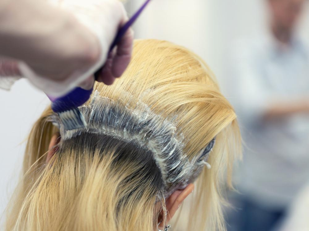 Begini Langkah Melakukan Bleaching Rambut Tanpa Harus Merusaknya - SOCO by  Sociolla