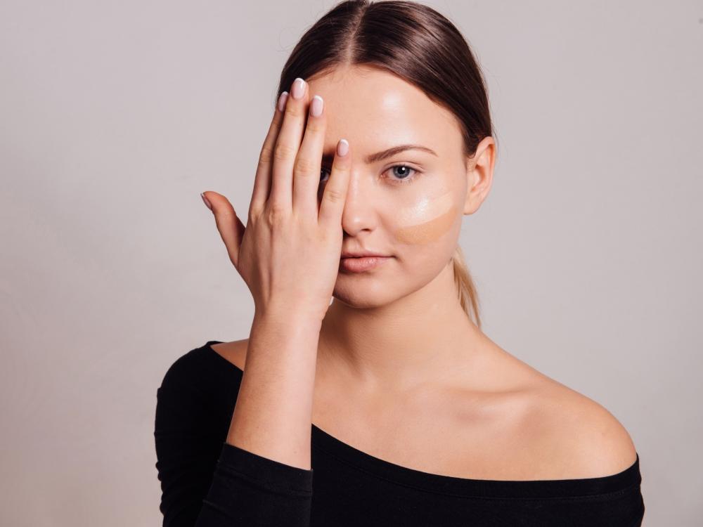 Penggunaan Primer Wajah untuk Make Up flawless